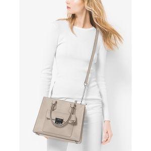 MK Bridgette Medium tote shoulder purse in Fawn
